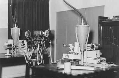 "Weissenberg cameras and X-ray tubes used in ""The Rockefeller"" during the 1950-1960 decades"